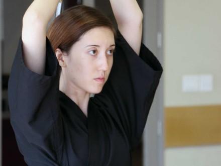Caroline Knight – iaido student, figure model-0